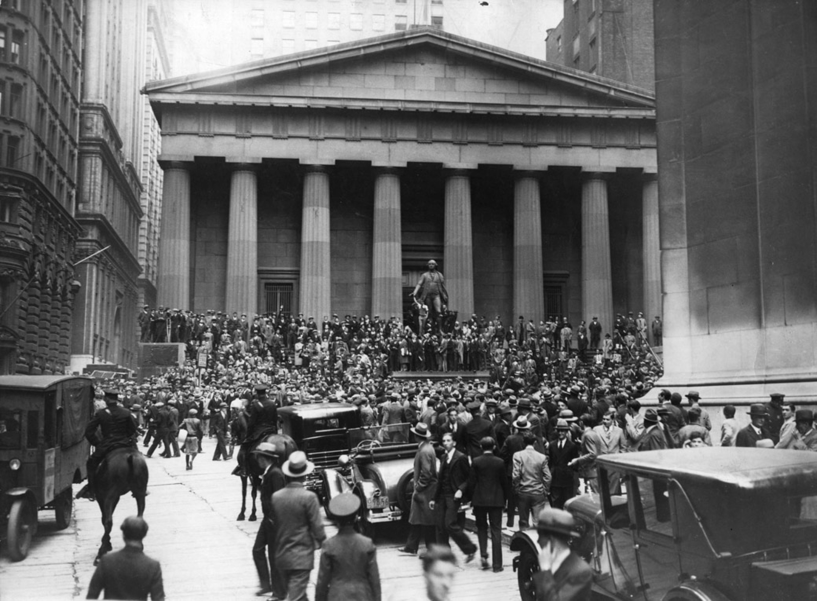 the many factors that contributed to the start of the great depression in america in 1929